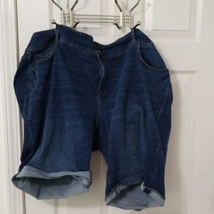Old Navy Jean Bermuda Shorts, Size 26